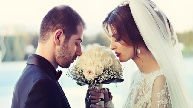 الزواج يحسن الصحة العقلية ويقلل من التوتر ويحافظ على صحة القلب